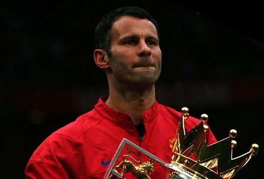 Giggs could be set for an even longer stay at Manchester United