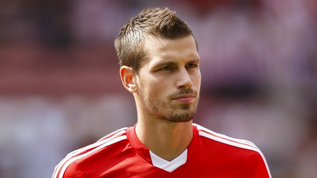 schneiderlin-sees-saints-improving-Image