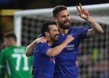 Arsenal considering shock bid for Chelsea veteran