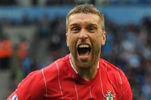 Crystal Palace keen to sign Liverpool star Rickie Lambert