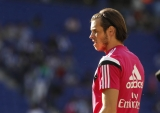 Heavy favourites Real Madrid make hard work of Real Valladolid to go clear in the title race