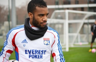 Liverpool to make transfer bid for Lyon striker Alexandre Lacazette in the coming days