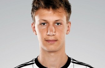 Arsenal Finally Complete Krystian Bielik Signing
