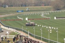 Foxhunter Chase Tips : JP McManus to triumph over Backstage at Cheltenham with On the Fringe