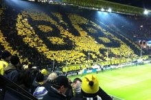 Bundesliga: Borussia Dortmund look to regain ground on top two with victory in Braunschweig