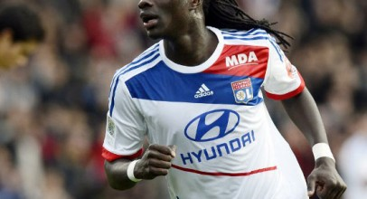 West Ham join race for Arsenal target Bafetimbi Gomis